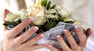 Как украсить свадебные ногти