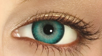 How to pick colored lenses for eyes