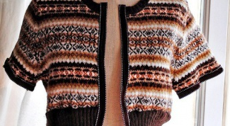 How to refashion an old sweater