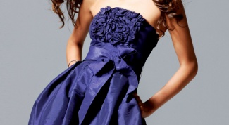 Как и с чем носить клубное платье
