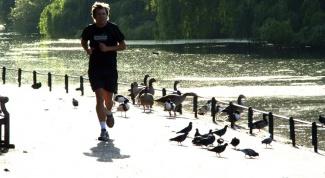 Как научиться бегать долго