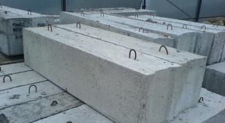 Как укладывать фундаментные блоки