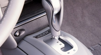 How to drive a car with automatic transmission