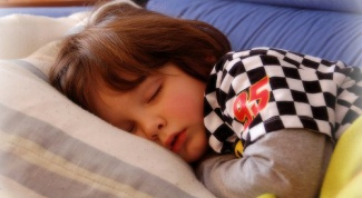 How to treat nocturnal enuresis in children
