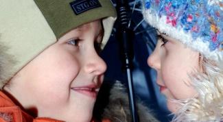 Как научить общаться ребенка со сверстником
