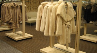 How to choose a coat made of mink fur
