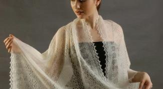 How to tie a scarf-cobweb