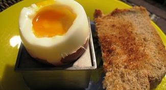 Как сварить яйца в пароварке