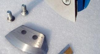 Как ставить ножи на ледобур
