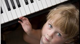 Как играть легато на фортепиано