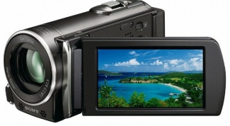 How to use the camcorder as a web camera