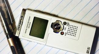 Как перенести запись с диктофона на компьютер