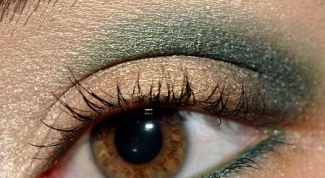 How to paint hazel eyes