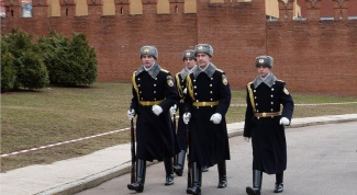 How to get to serve in the Kremlin regiment