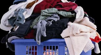 Как очистить лак с одежды