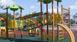 Как выбрать детский спортивный комплекс