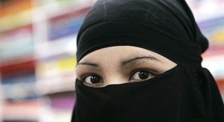 How to tie a burka