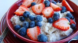 How to cook oat porridge on the water