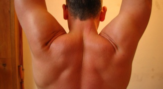 Как быстрее всего накачать плечи
