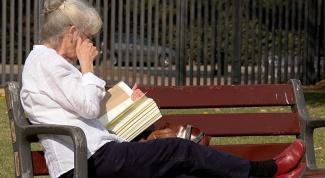 Как выбрать хороший телефон для бабушки