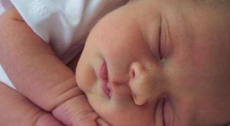 How to choose a mattress for a newborn