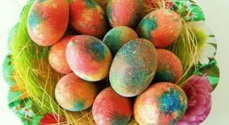 Чем покрасить яйца
