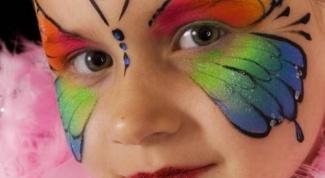 Как нарисовать бабочку на лице