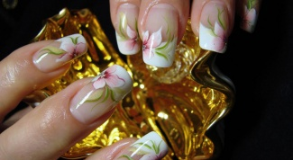 How beautifully put make-up nails