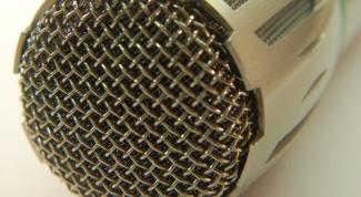 Как микрофон подключить к колонкам