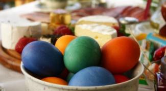 Как красить яйца к Пасхе