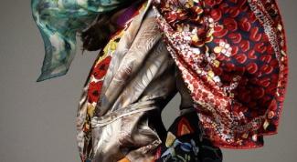 Как нужно носить платки