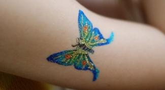 нарисовать татуировку ручкой