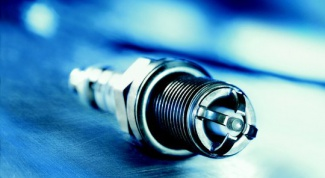 How to Unscrew spark plugs