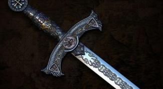 Как нарисовать меч карандашом