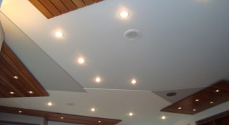Как вымыть потолок