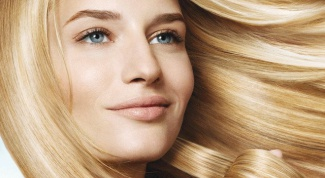 How to safely lighten hair