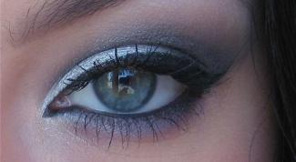 Как накрасить глаза серыми тенями