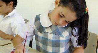 Как оформить детские работы
