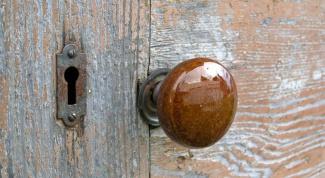 How to repair the door handle