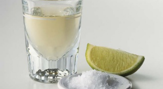 Как нужно пить текилу