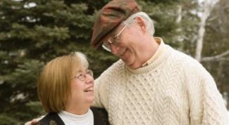 Как пенсионеру получить инвалидность