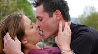 Как нежно поцеловать девушку