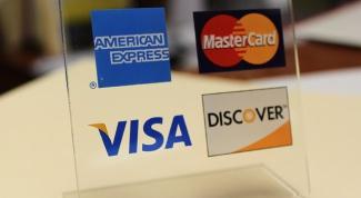 Как платить банковской картой