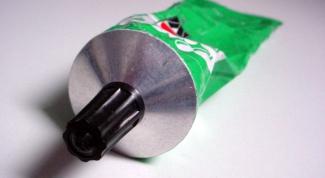 Как отстирать герметик