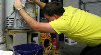 Как с водонагревателя спустить воду