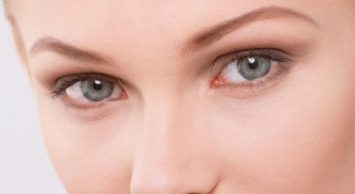 How to quickly get rid of circles under eyes