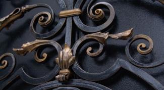 Как отделать металлические двери