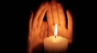 Как очистить дом с помощью свечи