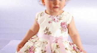 Как выкроить детское платье
