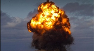 Почему в Астраханской области взорвался склад боеприпасов